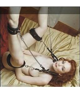 Sextoys, sexshop, loveshop, lingerie sexy : SM Contraintes : Sangles Repose Jambe avec menottes Cuisses et Chevilles