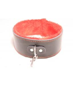 Sextoys, sexshop, loveshop, lingerie sexy : Colliers : Collier + menottes de Soumission réglable noir et fourrure rouge